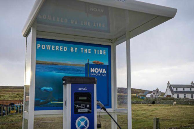 В Шотландии открыли зарядную станцию для электромобилей, которая питается энергией приливов