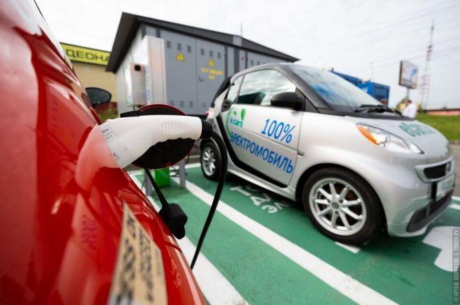 «За этим транспортом будущее»: в Башкирии владельцам электромобилей предоставят бесплатную парковку