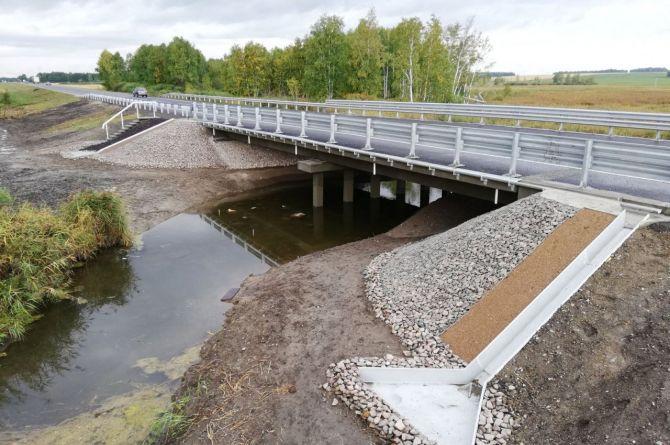 Закончен капитальный ремонт моста через реку Таборка в Курганской области