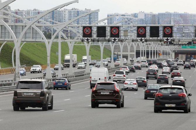 Петербург планирует получить на дороги от федерального центра 13 млрд до 2024 года.