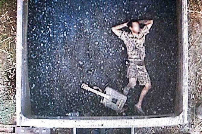 Житель Курганской области пытался уехать на море в вагоне с углём. И с самодельной гитарой