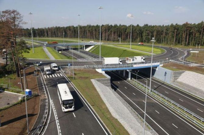 Три путеводных моста, шесть дорог и развязок и пешеходный переход : в Подмосковье строят новые объекты