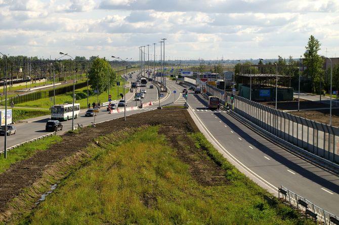 На юге Петербурга ремонтируется участок Витебского проспекта