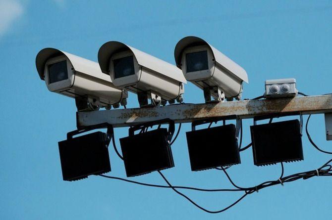 ГИБДД: новые камеры зафиксируют разговоры водителей по телефону за рулём