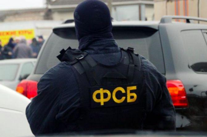 ФСБ проводит обыски в свердловском Управлении автомобильных дорог