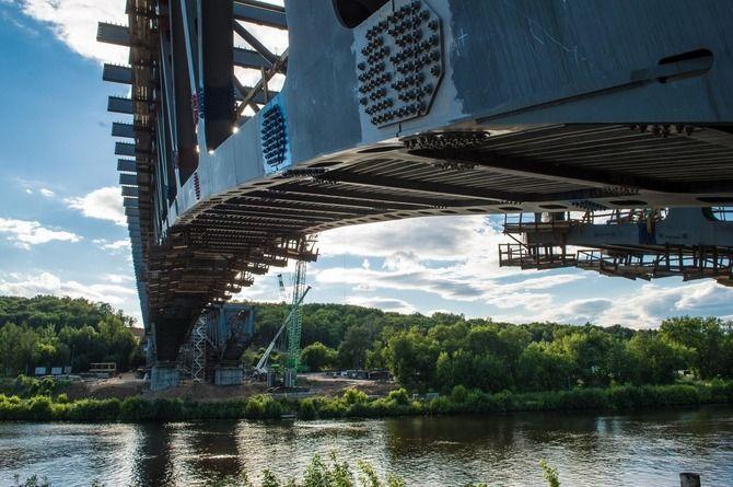 Начался монтаж пролётных конструкций моста на ЦКАД в Раменском районе