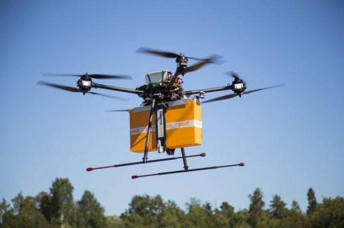Посылки по ветру: через два года в России планируют запустить грузовые дроны