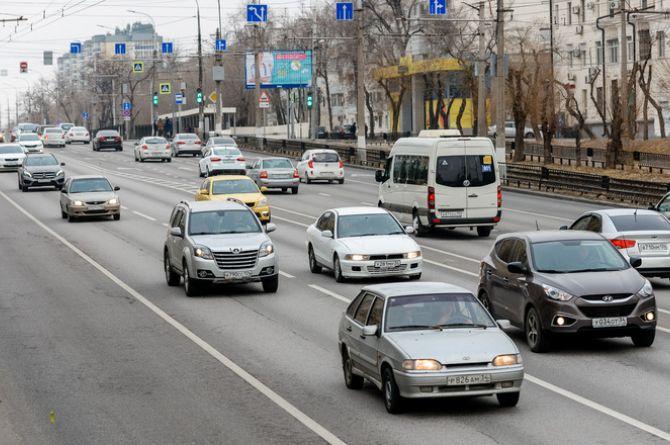 Волгоградские власти ищут подрядчика для ремонта дорог на общую сумму почти полмиллиарда рублей
