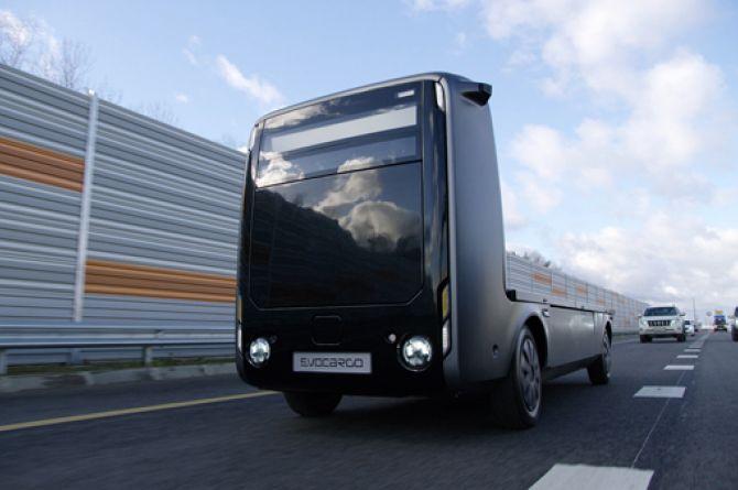 Беспилотный грузовик на водородном топливе проехал по ЦКАД-3