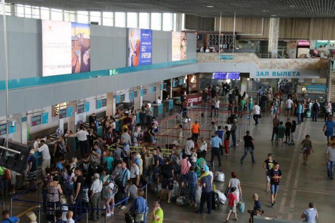 С почином: аэропорт Хабаровска принял первый рейс