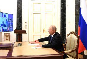 Путин отправил в отставку Евгения Дитриха, новым главой Минтранса называют Виталия Савельева