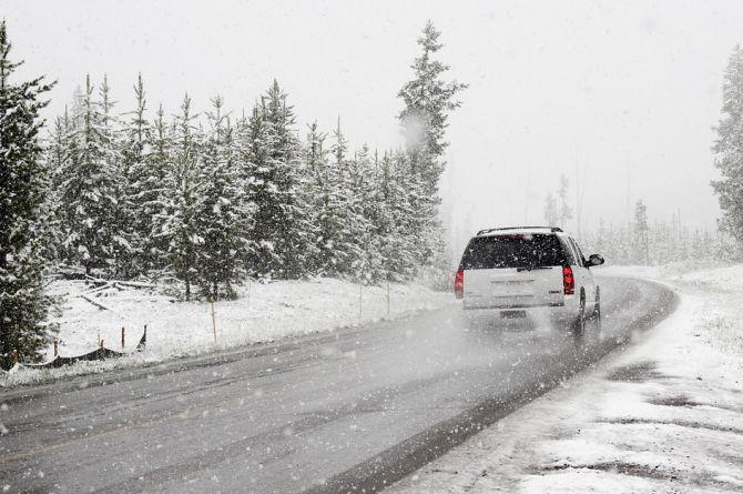 """Часть дорог в Карелии и Мурманской области будет содержаться """"под снегом"""""""