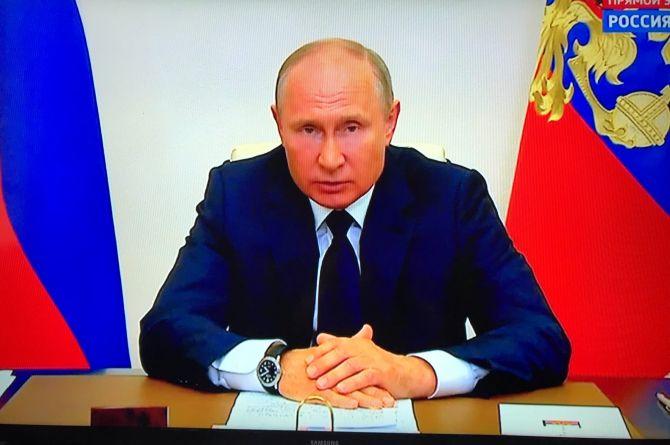 Здравствуй, труд!  Владимир Путин объявил о завершении режима нерабочих дней