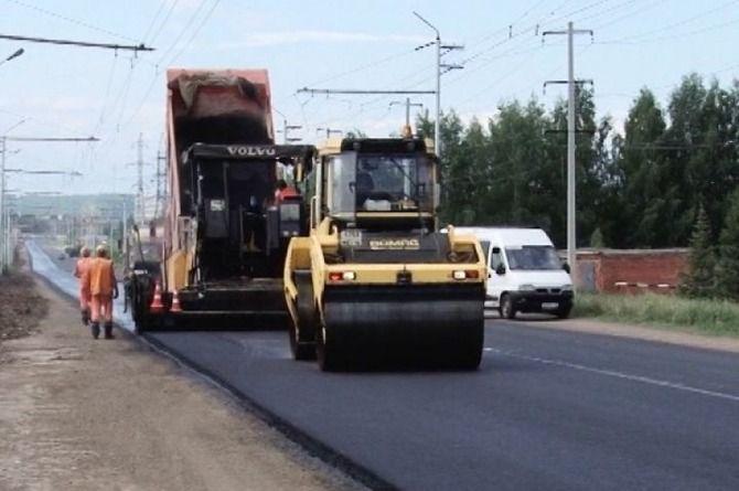 На ремонте дороги в Татарстане испытывают инновационный битум