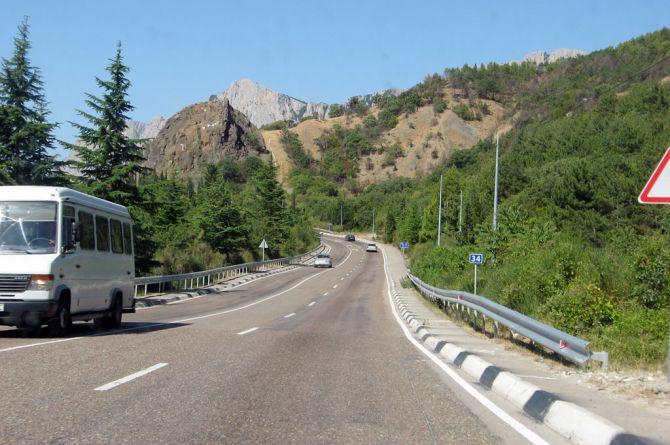 В Крыму отремонтируют Южное шоссе
