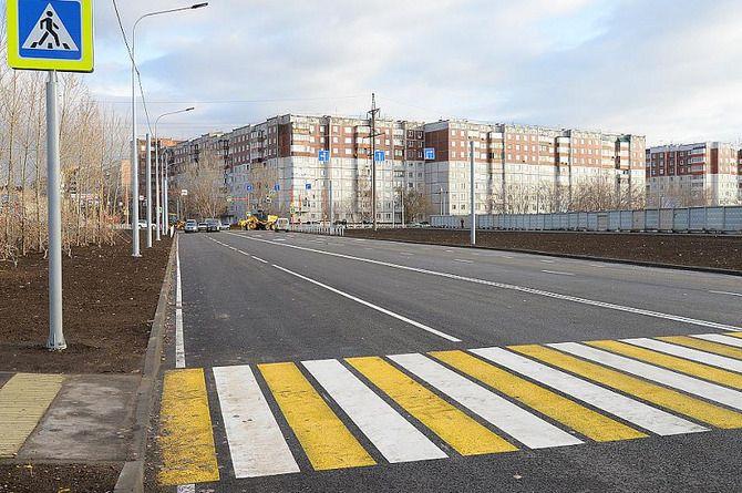 Открыто движение по новому участку дороги на улице Солнечная Поляна в Барнауле