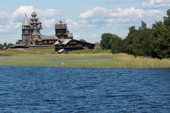 До лета 2023 года в Карелии построят дорогу до заповедника «Кижи»