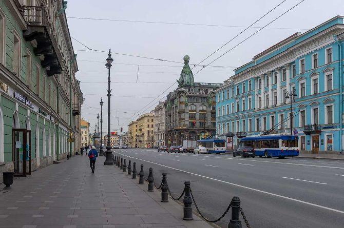 Петербург сокращает адресную инвестиционную программу