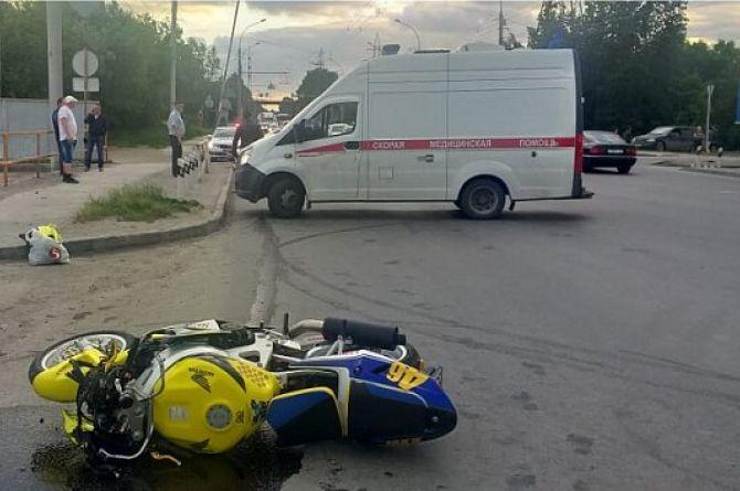 В России неисправные автомобили стали чаще попадать в ДТП, а мотоциклисты - гибнуть