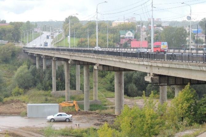 Движение по Сургутскому мосту в Чебоксарах организовано в четыре полосы
