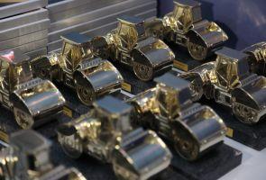 12 регионов получили золотые дорожные катки за работу по нацпроекту БКАД