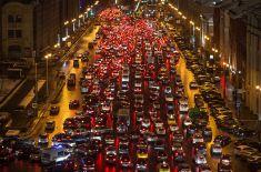 В столичном дептрансе посчитали скорость для максимальной пропускной способности на дорогах