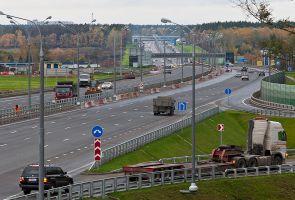 Российских водителей предлагают штрафовать за превышение средней скорости