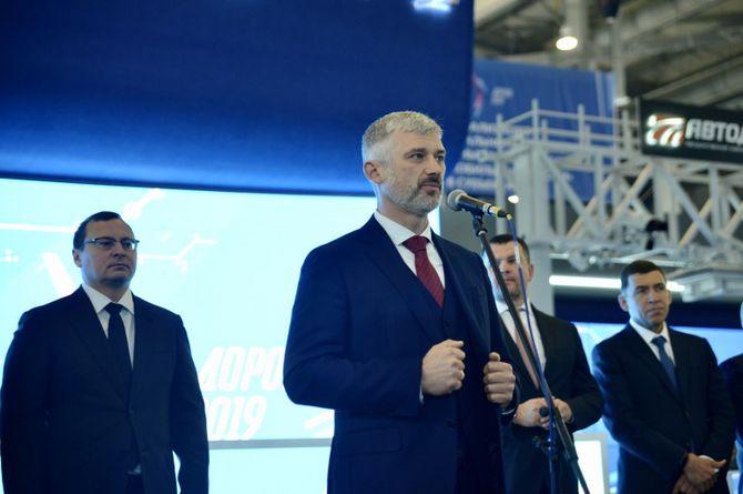 Евгений Дитрих: почти половина российских дорог будет отремонтирована в 2019 году