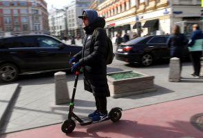 В России решили ограничить скорость электросамокатов