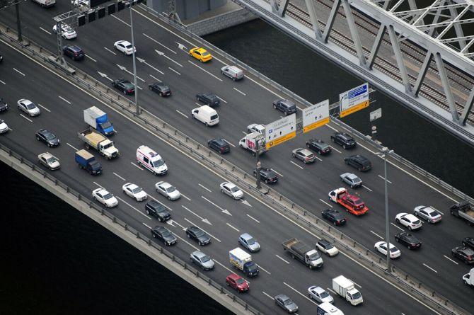 73 миллиарда рублей потратят власти Москвы на дорожную безопасность. Ещё 83 миллиарда – на ремонт дорог