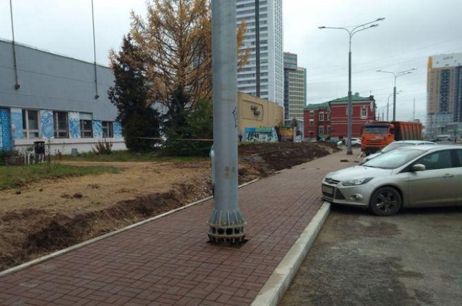 По следам владимирских столбов: где ещё в России ставят опоры посреди дороги?