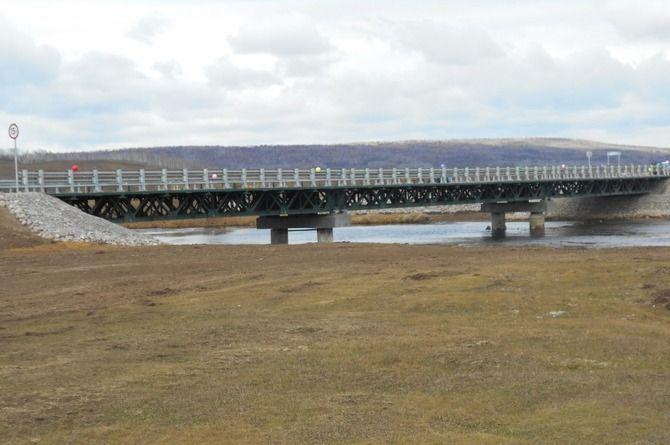 Сдан в эксплуатацию мост через реку Манзурка в Иркутской области