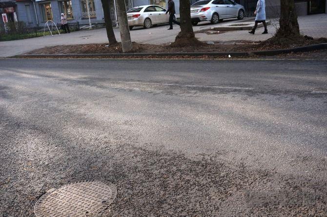 Инновационную исчезающую разметку применили дорожники в Калуге