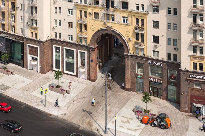 На участке Тверской улице в центре Москвы за два дня полностью заменят асфальт