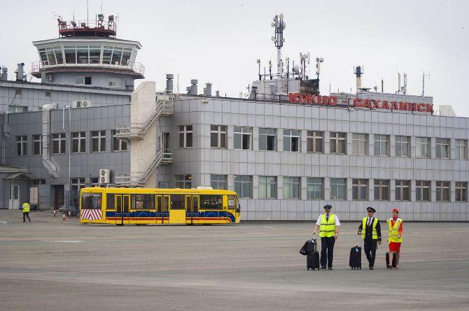 «Вы что, не хотите как в Ростове?»: на Сахалине власти предлагают отдать аэропорт в частные руки