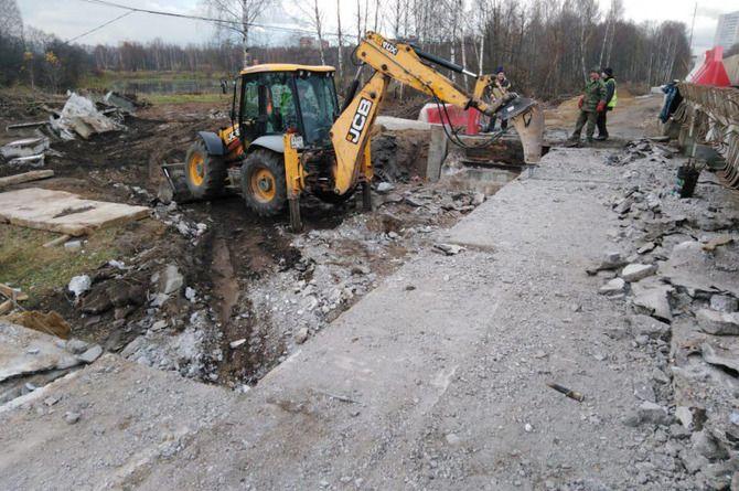 Реконструировали одну половину моста в Ивантеевке