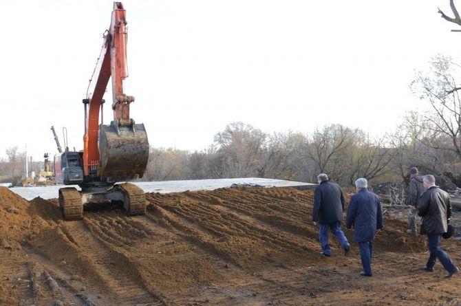 Глава Мордовии и мэр Саранска проинспектировали ремонтные работы на трёх мостах