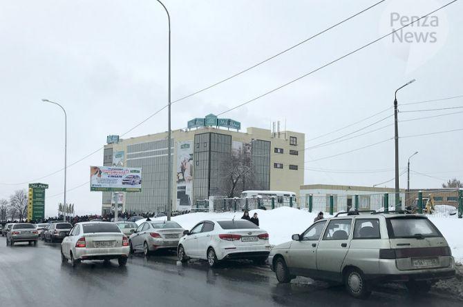 Власти Пензы ищут подрядчика для ремонта улицы Окружной