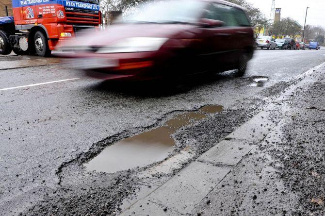В Великобритании растёт количество ям на дорогах