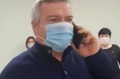 #ПозвониВасилию: как ростовский губернатор случайно запустил флешмоб с жалобами на плохие дороги