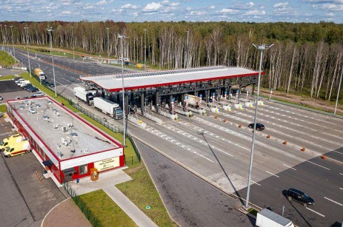 Совет Федерации: скорость 150 км/ч возможна только на дорогах с шестью полосами