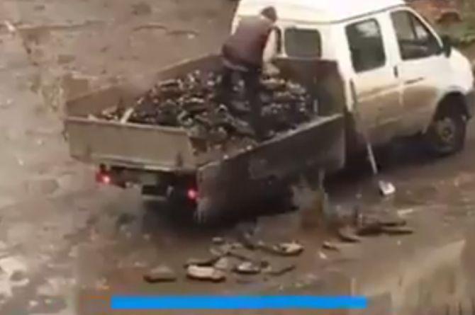 Самый холодный ресайклинг: ямы на дорогах Самары закидывают кусками асфальта