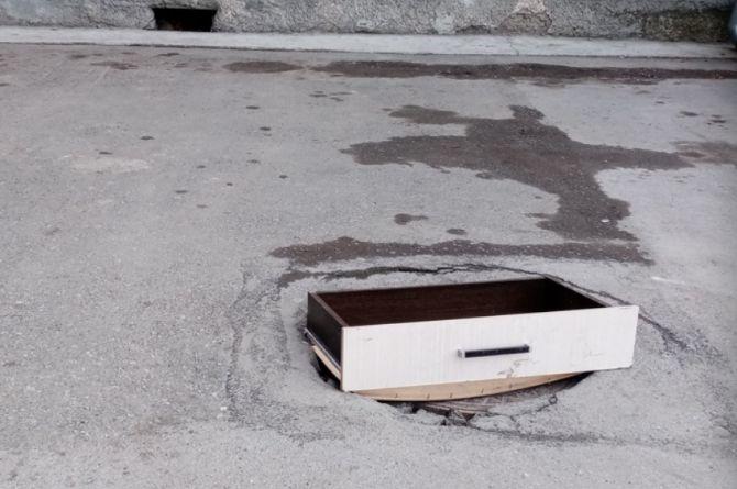 В Новосибирске придумали инновационные крышки для люков