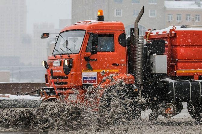 Петербургские власти первыми в России запретили «неэкологичным» грузовикам въезд в город