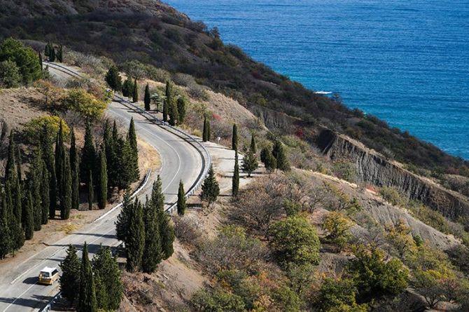 Все дороги, связывающие «Тавриду» с Ялтой и Судаком, реконструируют и построят до 2023 года
