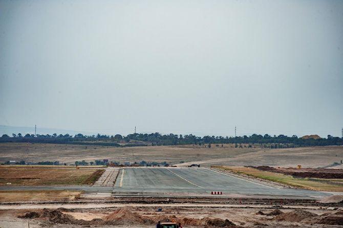 Китайский подрядчик аэропорта «Симферополь» отстаёт в освоении средств на два миллиарда