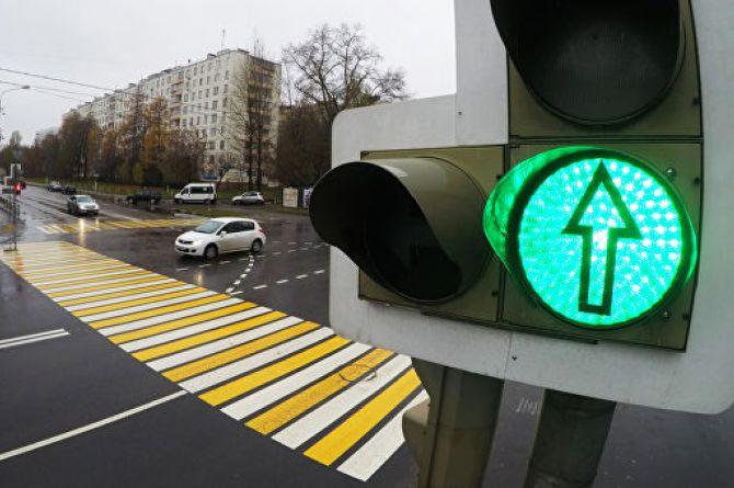 Уступишь дорогу: в Екатеринбурге новые светофоры заставят пропускать автобусы