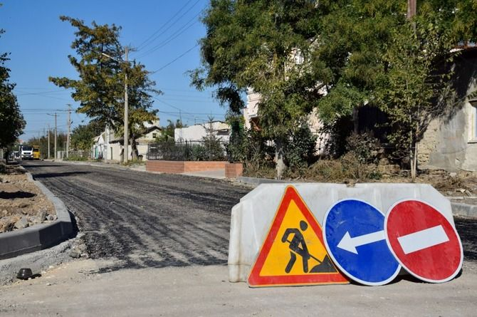 Повышение цены контракта не помогло найти подрядчика для ремонта дорог в Евпатории