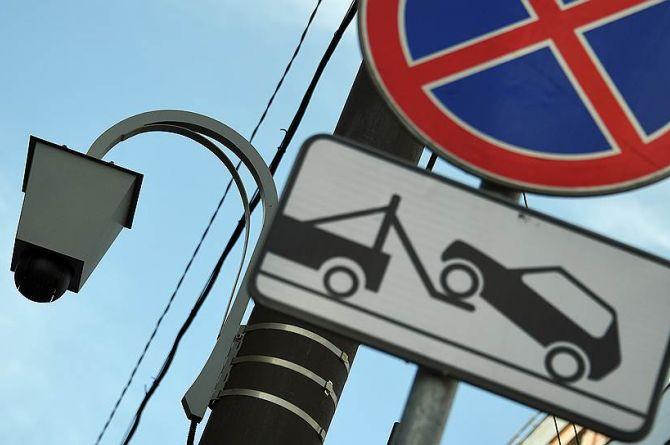 В Москве камеры будут следить за нарушителями парковки, а в Беларуси – за наличием техосмотра