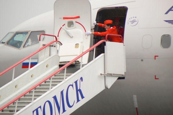 На подрядчика по реконструкции ВВП аэропорта Томска подают в суд